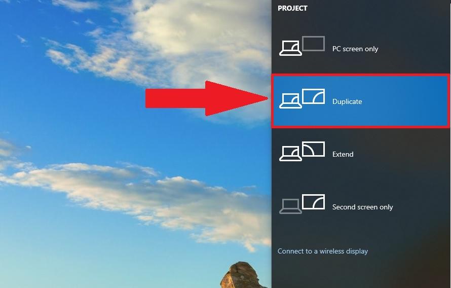 máy tính Windows 7 với máy chiếu