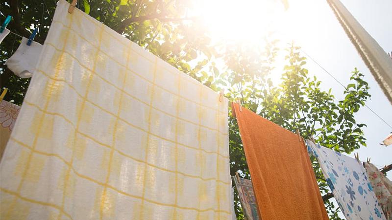 Cách giặt chăn mền bằng máy giặt đúng cách, an toàn, hiệu quả nhất