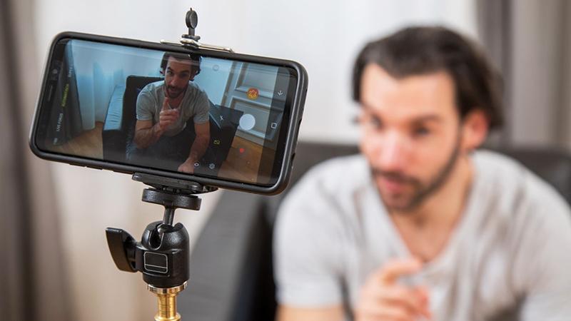 Cần tạo nên một thương hiệu cho kênh Vlog của mình