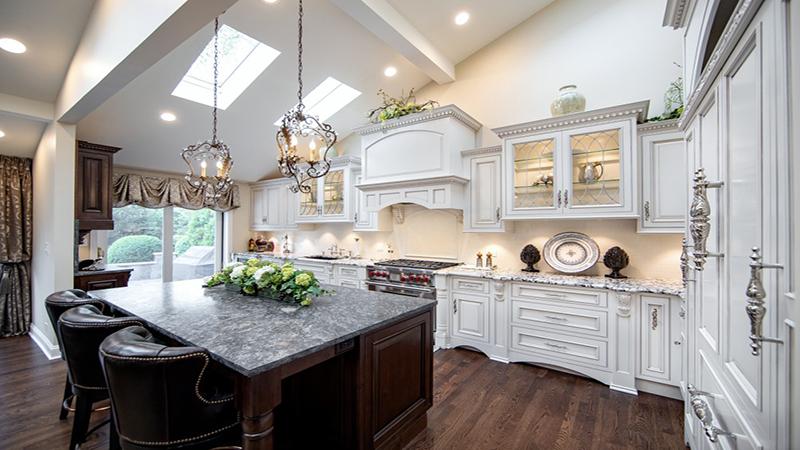 Phòng bếp theo phong cách luxury