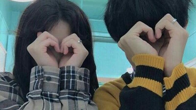 Hình các cặp đôi hạnh phúc và cái caption cho người yêu tương lai