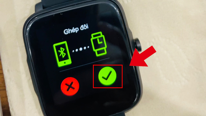 Nhấn vào tick xanh trên đồng hồ