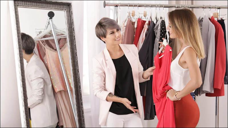 Quản lý trang phục và phụ kiện