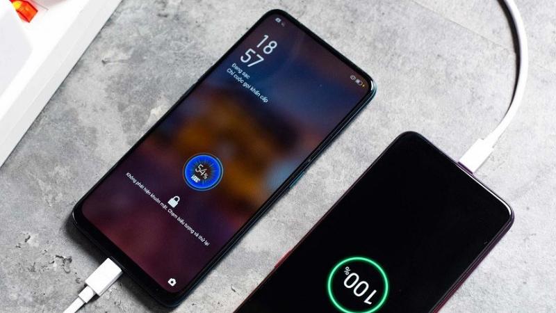 Điện thoại mới mua không cần sạc 8 tiếng trong 3 lần đầu