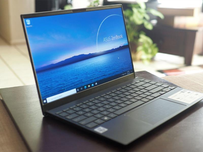 Nếu bị lỗi linh kiện trên Mainboard bị hư, hãy mang laptop đi sửa chữa