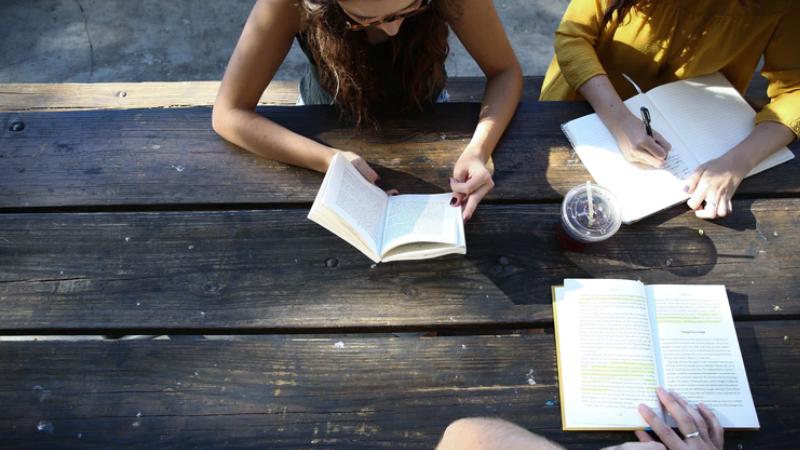Học cùng bạn bè sẽ đem lại kết quả tốt