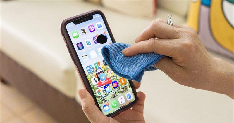 Màn hình iPhone bị chảy mực