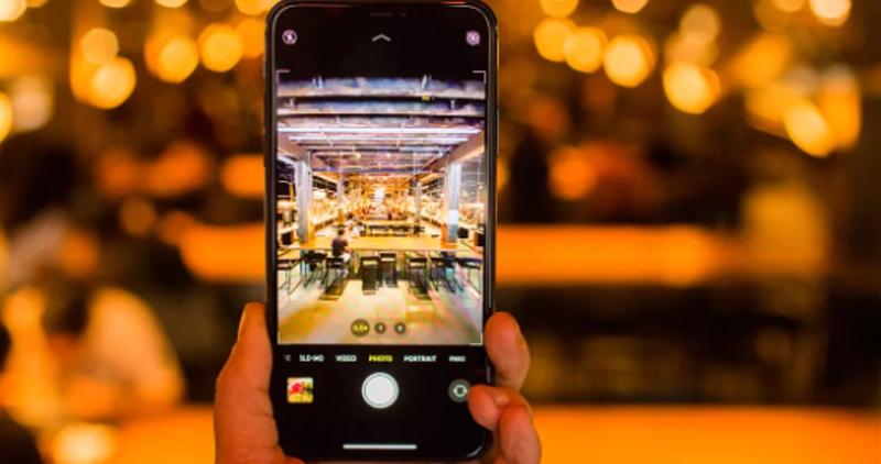 Màn hình iPhone bị nhòe, nhiễu