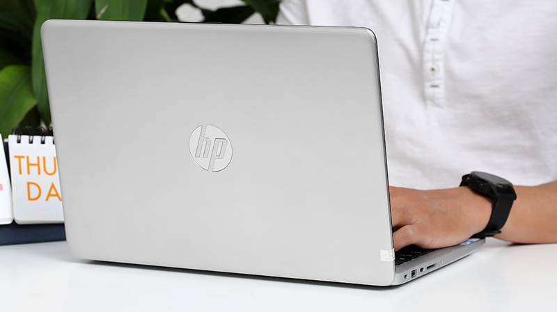 Laptop HP 348 G7 i3 đáp ứng tốt các thao tác thường ngày