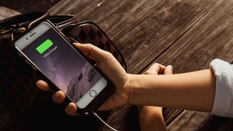 Cách nhận biết iPhone đang gặp lỗi báo pin ảo