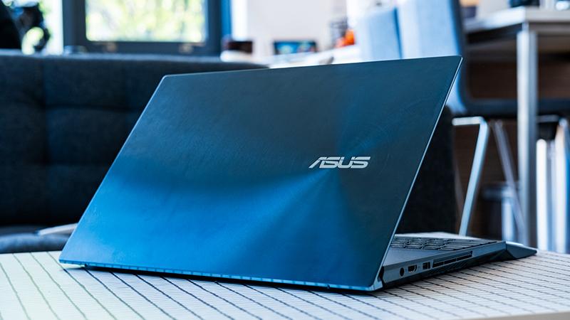Bật đèn bàn phím trên laptop Asus