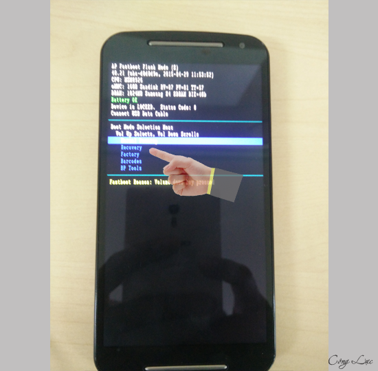 Cách hard reset trên điện thoại Motorola Moto G 4G