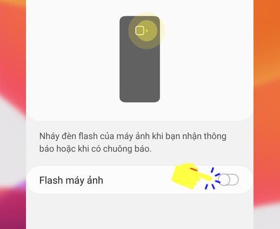 Bước 5: Cuối cùng bạn hãy bật đèn flash lên là hoàn tất quá trình thiết lập.