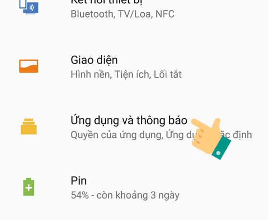 Bước 2: Tại giao diện Cài đặt, hãy nhấp chọn Ứng dụng và thông báo.