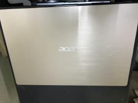 """Acer Swift SF315 52G 58TE i5 8250U/8GB/256GB/2GB MX150/15.6""""F/Win10/(NX.GZCSV.001)/Vàng"""