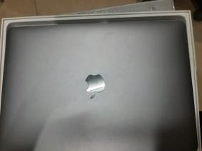 Apple Macbook Pro Touch i5 quad-core 1.4GHz/8GB/256GB/13.3''/(MUHP2SA/A)/Space Grey